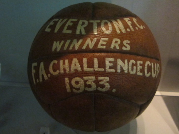 Old 8 Sides Leather Football, 1933
