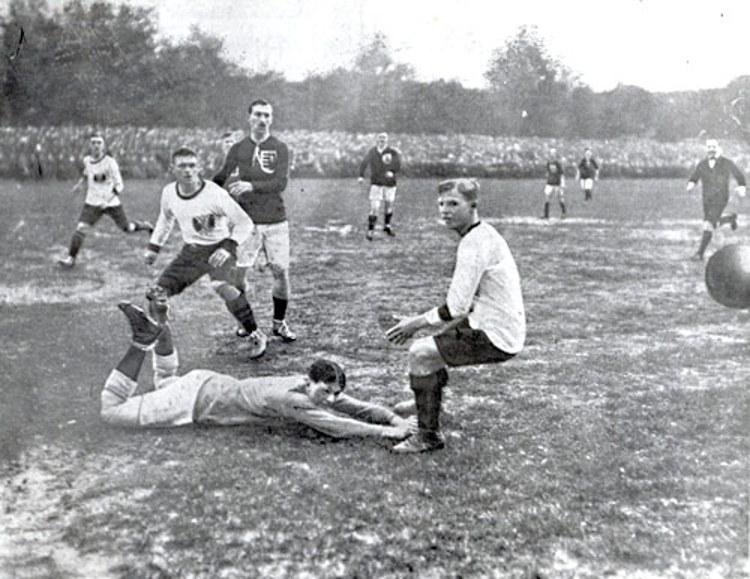 Football in Austria 1913