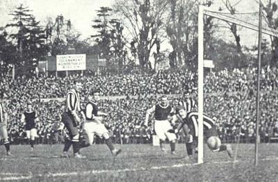 Aston Villa Win FA Cup 1905